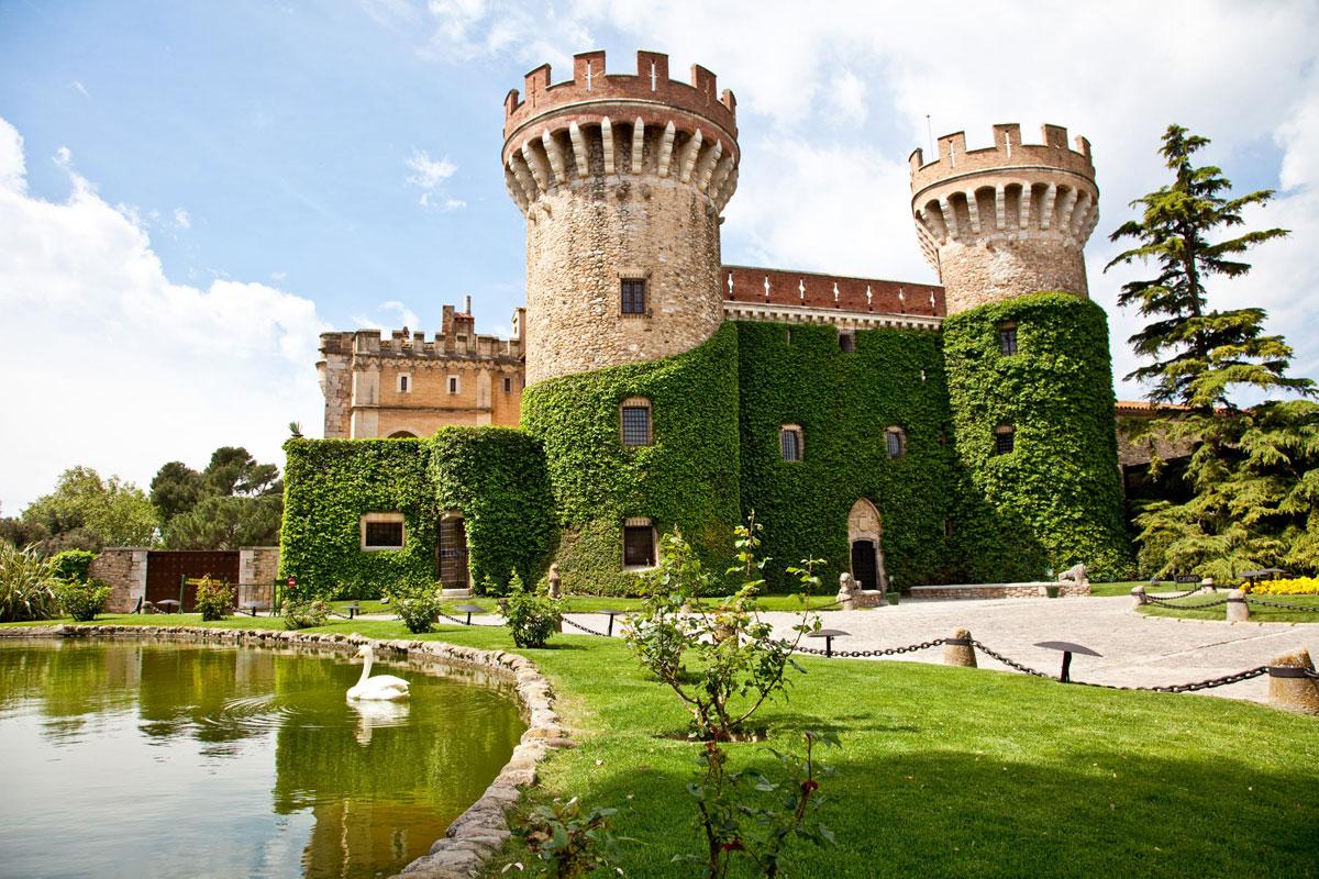 Visita al parque del castillo museu de peralada - Sitios para casarse en madrid ...